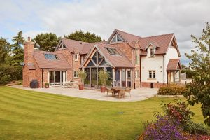 why-pitched-roofing-Long-lifespan